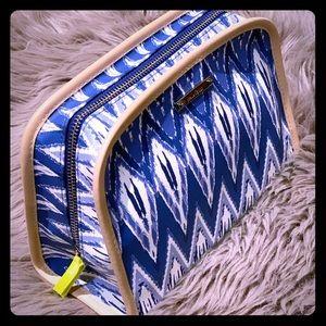 Stella & Dot Lkat indigo beauty bag